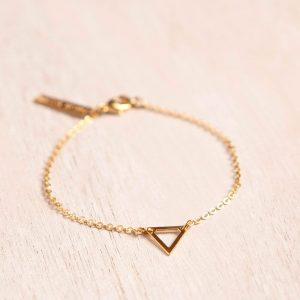 צמיד משולש חלול - צמיד עדין מפליז מצופה זהב 24K - צמידים