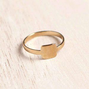 טבעת ריבוע
