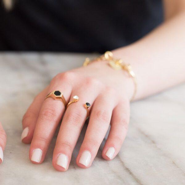 טבעת בלינק עם קריסטלים של סברובסקי