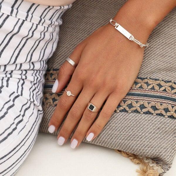 צמיד גורמט אן,טבעת שיה בלאק,סט-טבעות מונקו, טבעת מולאן משושה