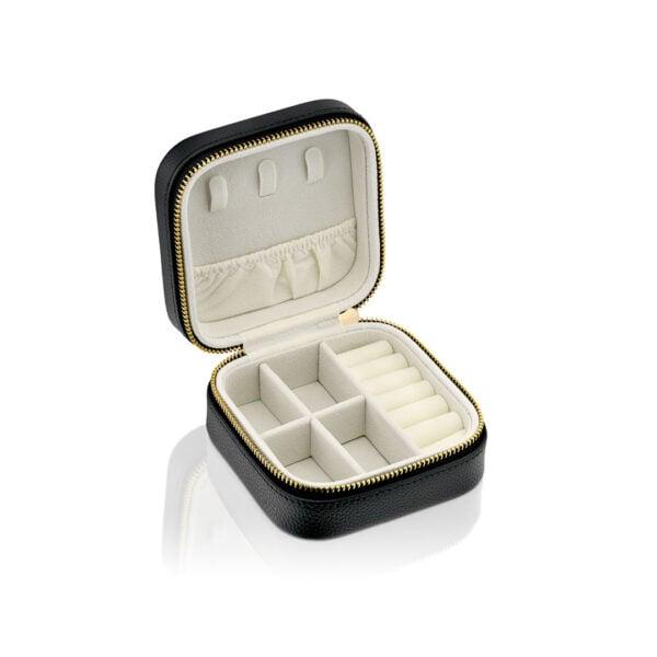 קופסאת תכשיטים שחורה