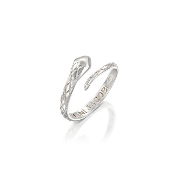 טבעת ממבה כסף M