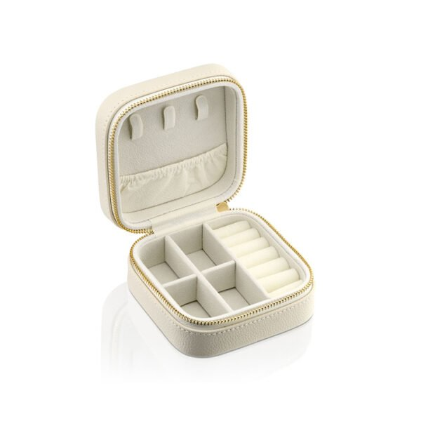 קופסאת תכשיטים שמנת